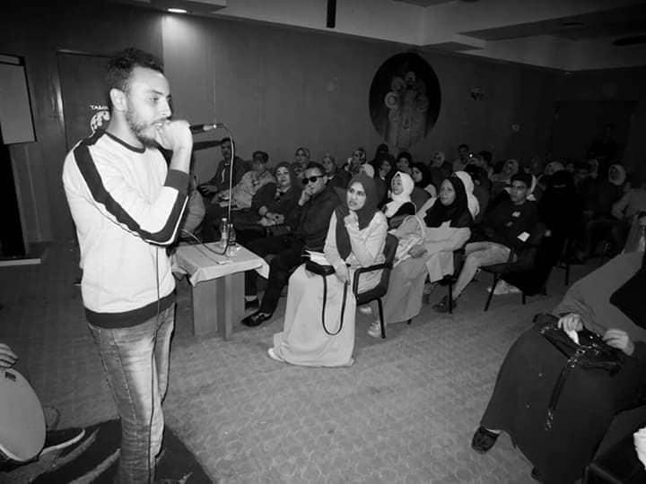 حوار مع الشاعر يوسف المهدي.. «أول حفلة عملتها حضر فيها 4 أشخاص»