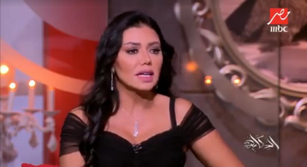 أول تعليق من رانيا يوسف على أزمة فستانها
