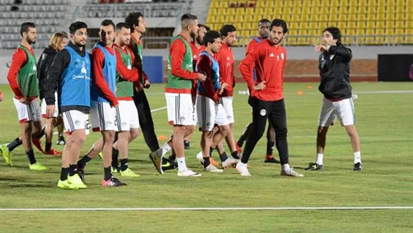 الأهلي يحسم صفقة نجم منتخب مصر