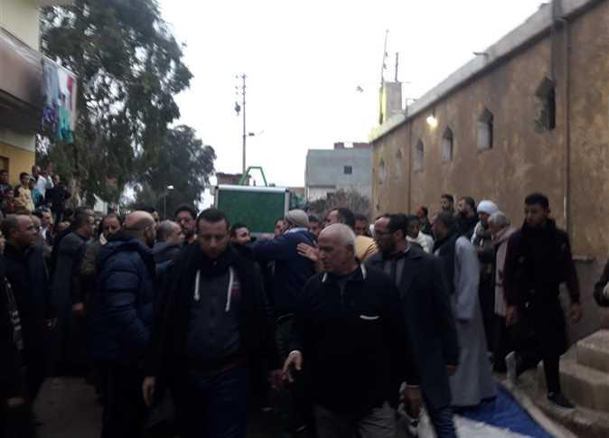 جنازة شعبية بالشرقية للمعلق الرياضي محمد السباعي