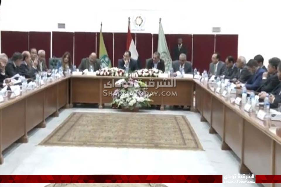 الوزراء يعقد اجتماع مع مستثمري العاشر من رمضان 9