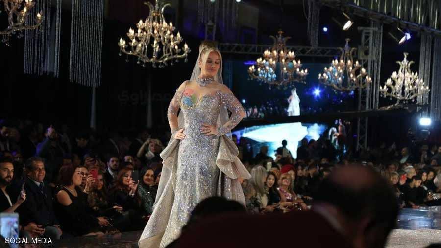 سابا تثير الجدل بسبب فستان الـ 200 مليون جنيه