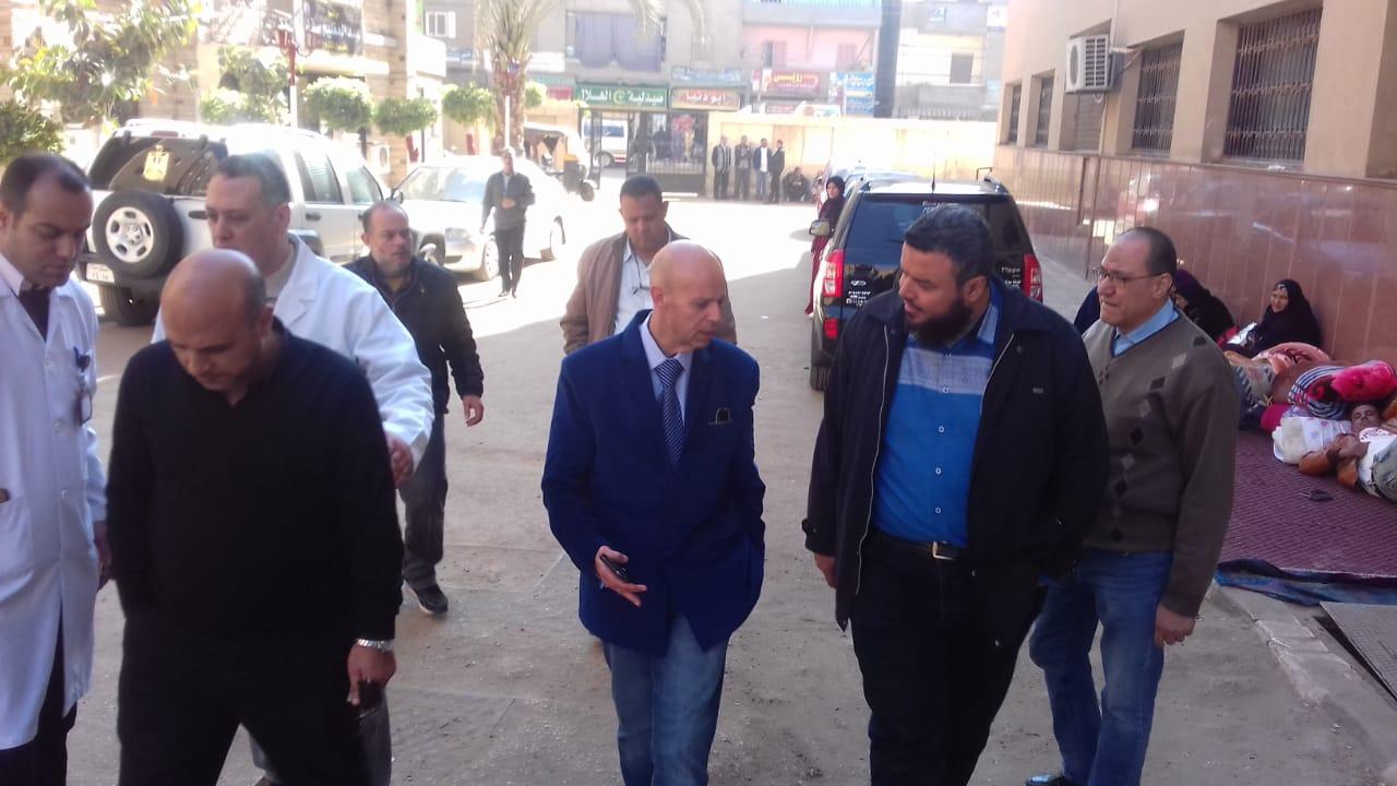وكيل وزارة الصحة بالشرقية يفاجئ مستشفي ديرب نجم   الشرقية توداي