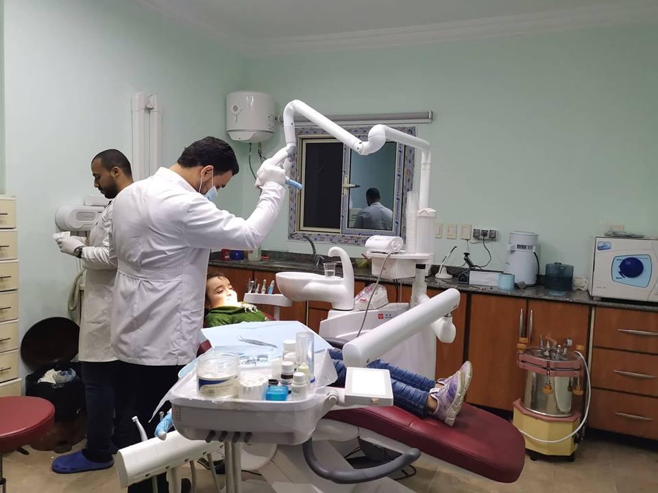 كبير من المواطنين على عيادة الأسنان بمستقبل وطن بالشرقية6