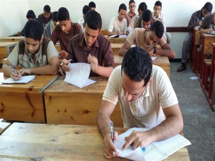 التعليم عن امتحان النصف الأول لأولى ثانوي