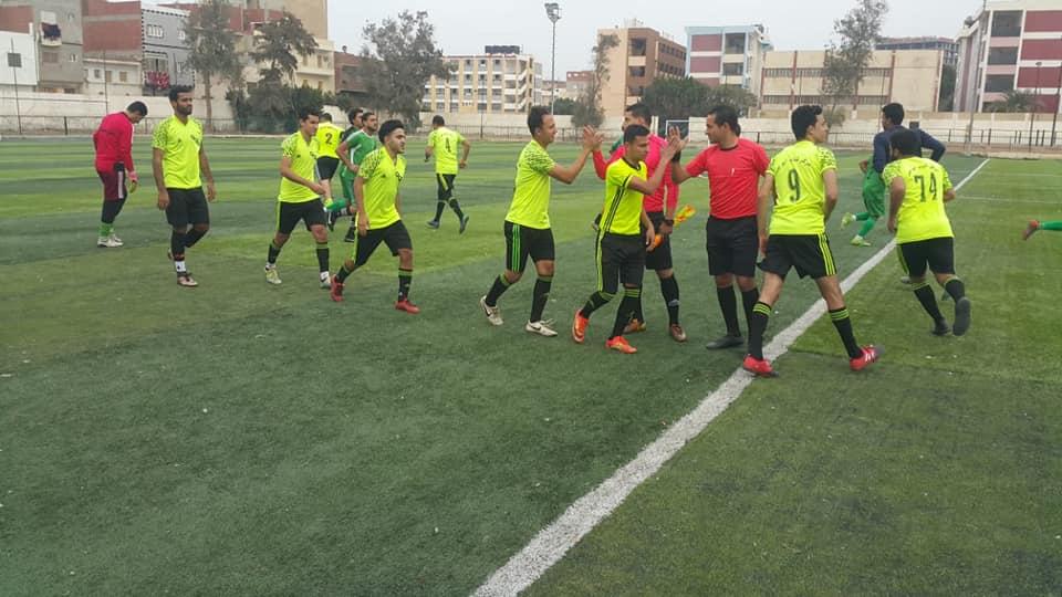 القنايات تواصل صدارة المجموعة بعد التعادل مع أبو جبر بدورى مراكز الشباب