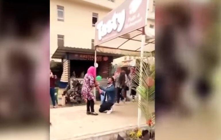 جامعة المنصورة تخفف عقوبة طالب واقعة الحضن