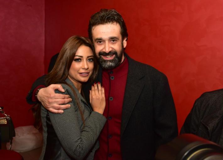 زوجة كريم عبد العزيز