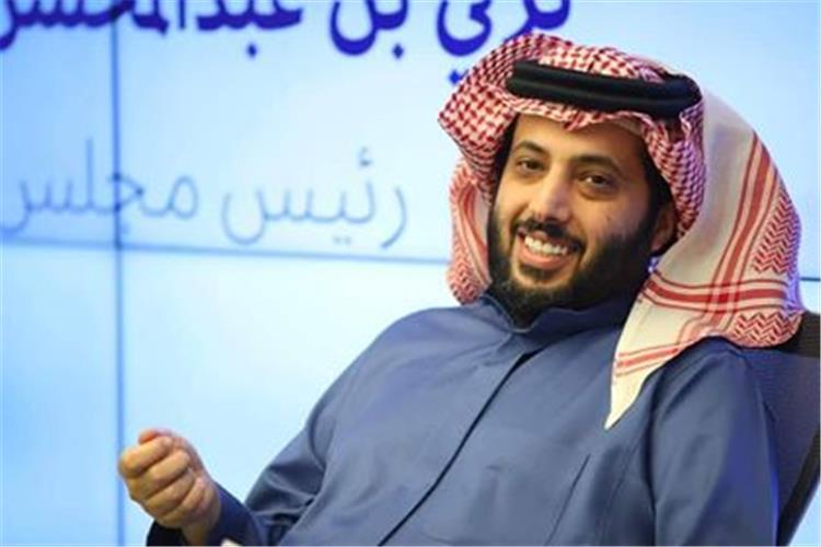 عصام عبد الفتاح يتحدى تركي آل الشيخ