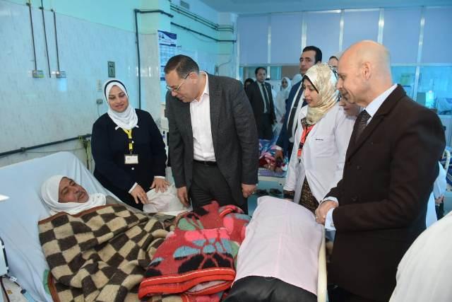 محافظ الشرقية يتفقد مستشفى الصالحية الجديدة المركزي
