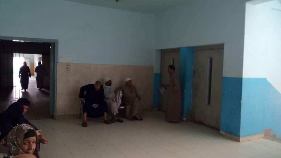الإهمال يسيطر على مستشفى منيا القمح