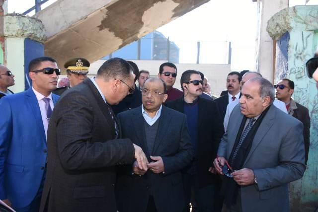 التنمية المحلية ومحافظ الشرقية يتفقدان أعمال تطوير مناطق عبد السلام عارف والدريسة وكفر معوض بالزقازيق5