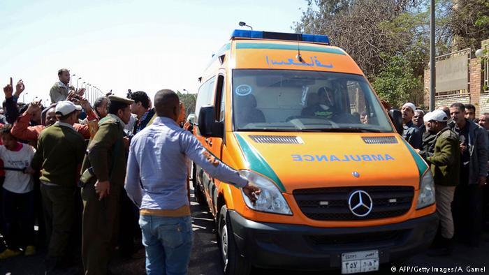 إصابة خطيرة لشاب بالشرقية بسبب سقوط حجر من أحد المنازل
