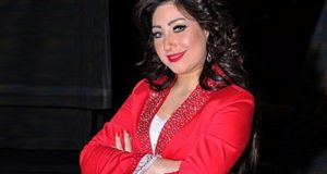 بوسي تطالب محمد رمضان باعتزال الغناء