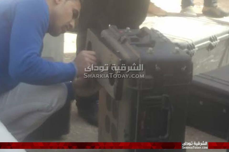 الصور الأولى للقنبلة البدائية الصنع التي عُثر عليها في محكمة أبوحماد 2
