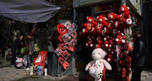 هكذا فاجأ شاب من الشرقية حبيبته في عيد الحب