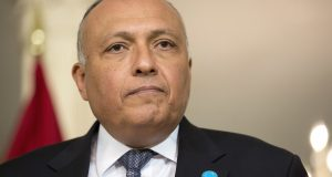 وزير الخارجية يكشف حقيقة تصالح دول المقاطعة مع قطر
