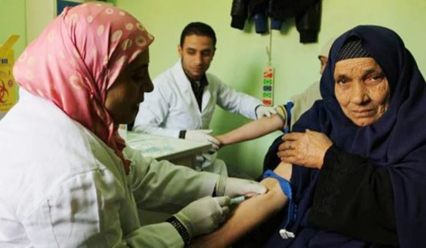 محافظ الشرقية يؤكد توفير علاج للمصابين بفيروس سي