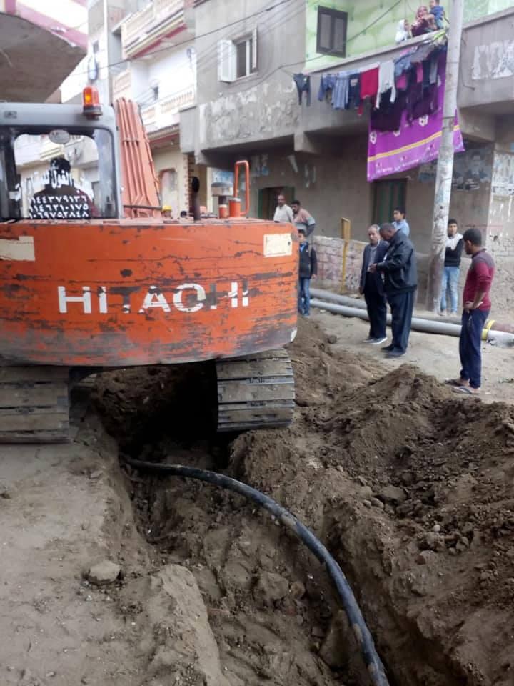 مدينة فاقوس يستجيب للأهالي بشأن انقطاع الكهرباء 2