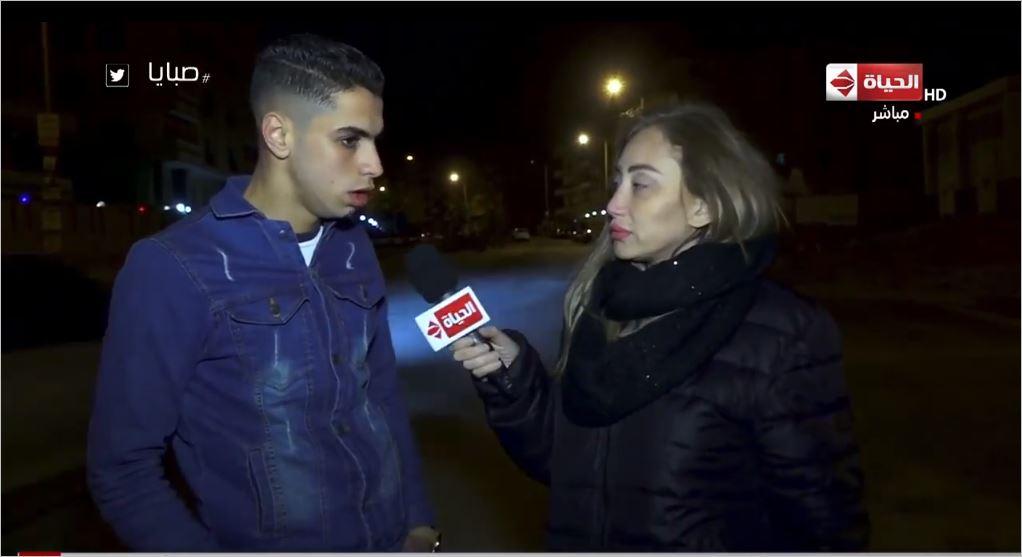ريهام سعيد تحاور صاحب سيلفي محطة مصر