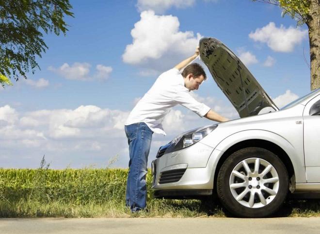 تنبيهات تتجاهلها في سيارتك قد تؤدي إلى دمارها