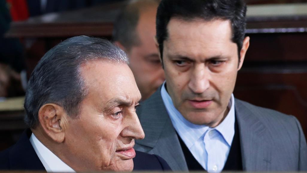 علاء مبارك يرد على تصريحات إعلامي سعودي أهان والده