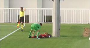 لاعب كرة قدم يتعرض لإصابة مروعة