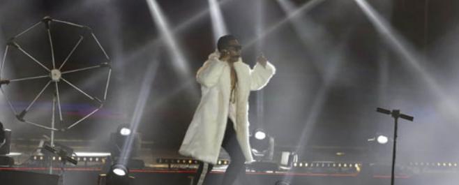 محمد رمضان يعرض كليبه الجديد لأول مرة في حفله الغنائي