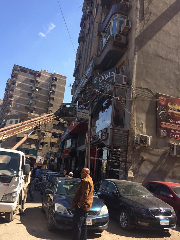 حملة لتركيب وصيانة أعمدة الإنارة بشوارع الزقازيق