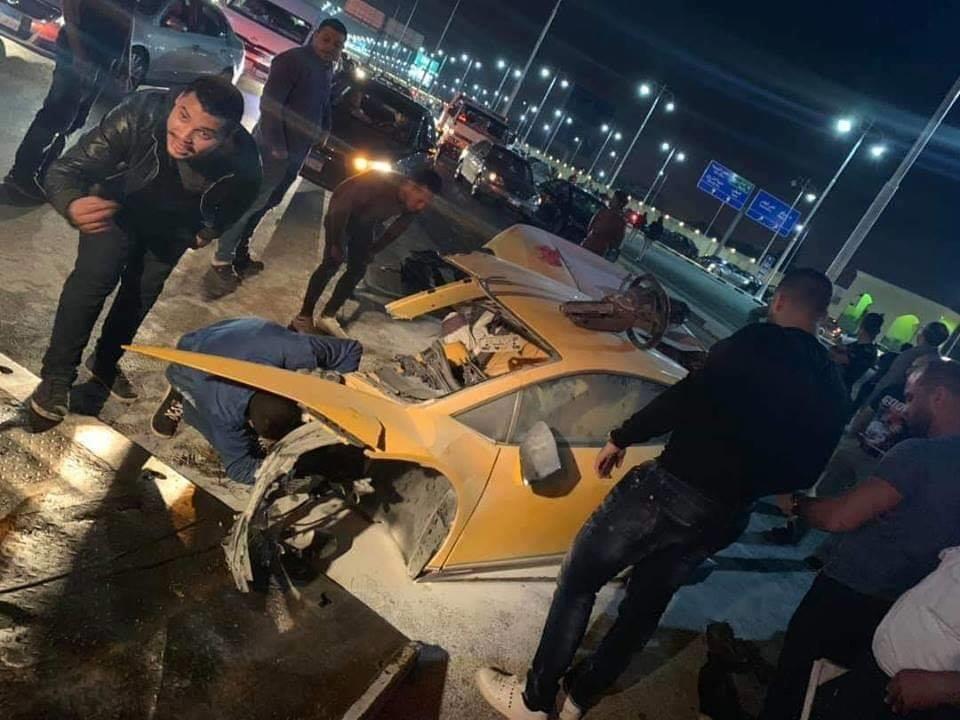 حادث سيارة لامبورجيني على طريق السويس 5