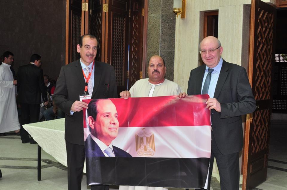 المصريون في الاستفتاء على التعديلات الدستورية في السعودية3