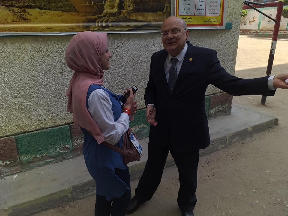 جامعة الزقازيق يدلي بصوته في الاستفتاء على التعديلات الدستورية