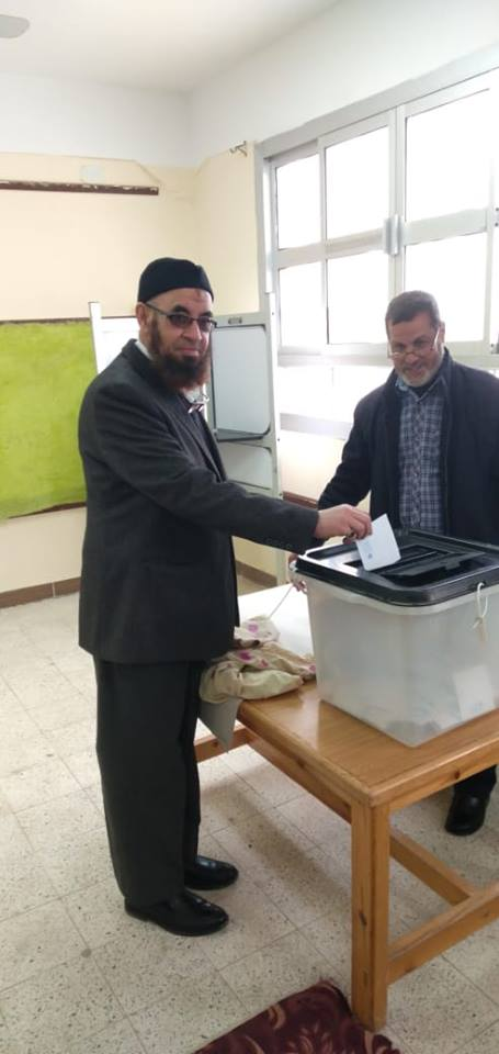 حزب النور يدلي بصوته في مسقط رأسه بالبحيرة6