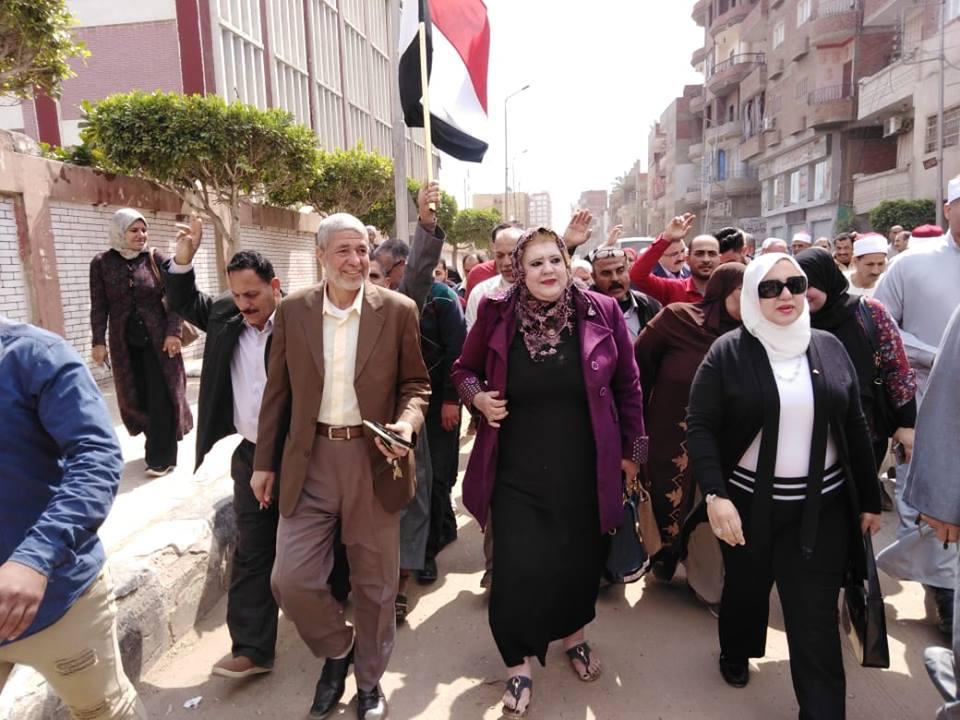 مدينة القنايات يتابع أعمال الاستفتاء على التعديلات الدستورية4