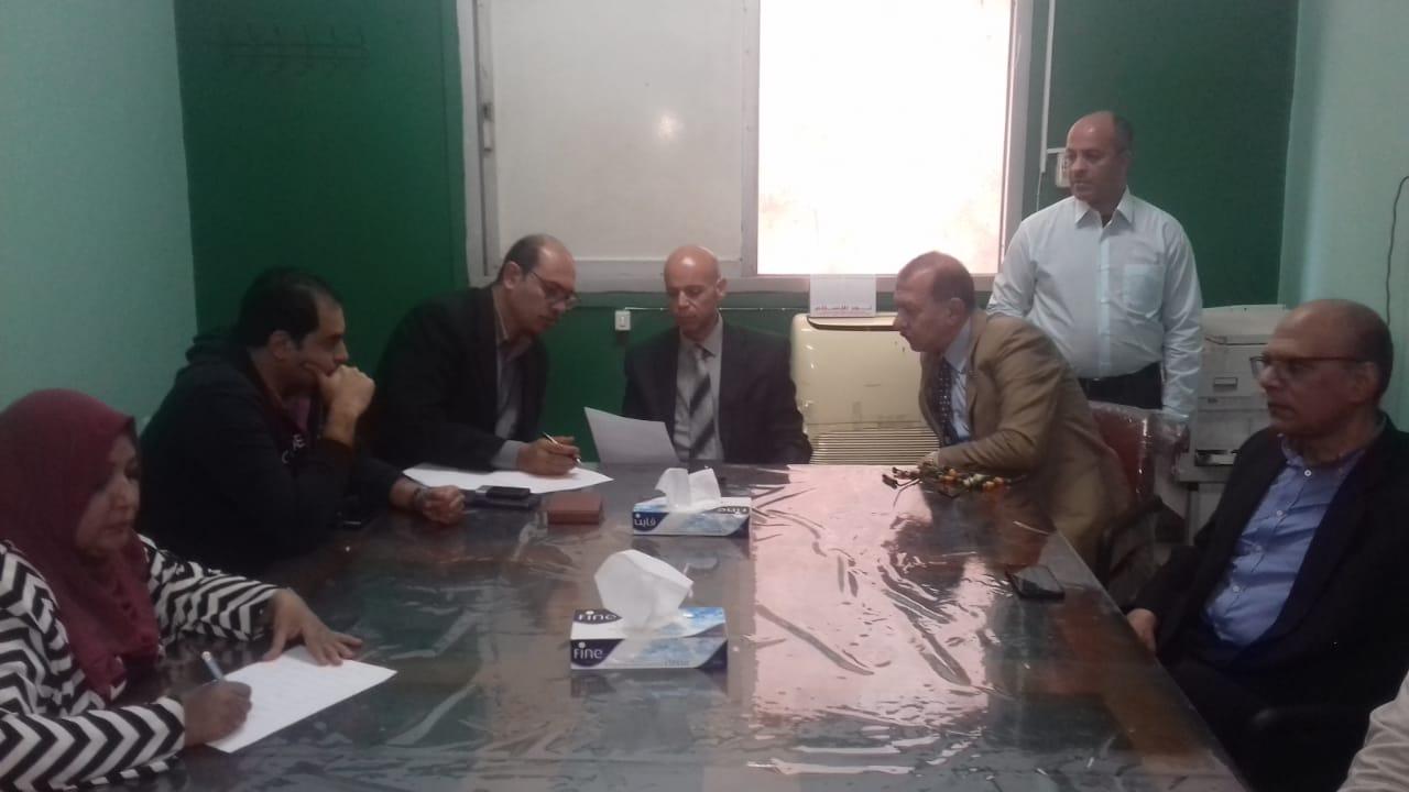 وكيل صحة الشرقية يحيل مدير مستشفى منيا القمح للتحقيق