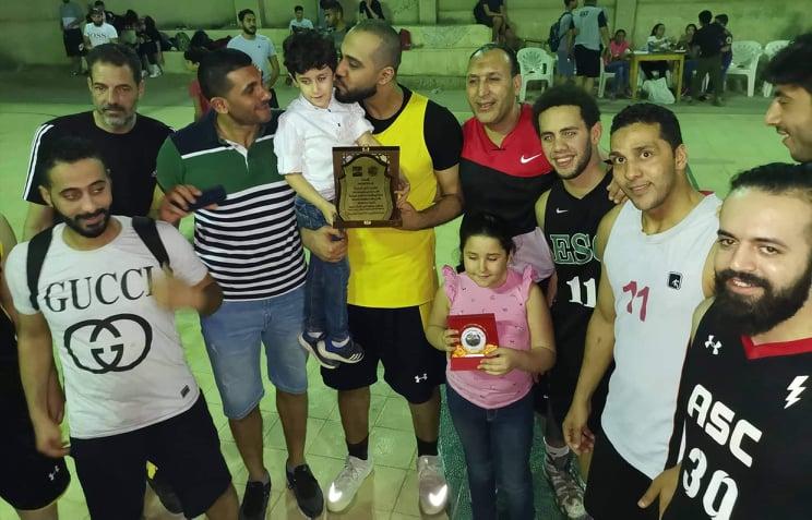 ناصر تكرم اسم اللاعب الراحل تامر هجمة في كأس بطولة لكرة السلة بالشرقية4