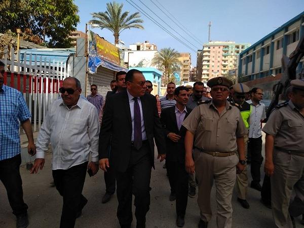 محافظ الشرقية ينفذ قرار فتح الشوارع المجاورة للمصرية بلازا
