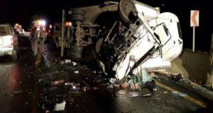 انقلاب ميكروباص بـ 10 أشخاص في حادث مروع بالشرقية