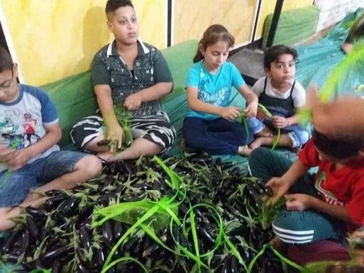 «عشرة في الخير» مبادرة تسهم في سد احتياجات الفقراء بالشرقية