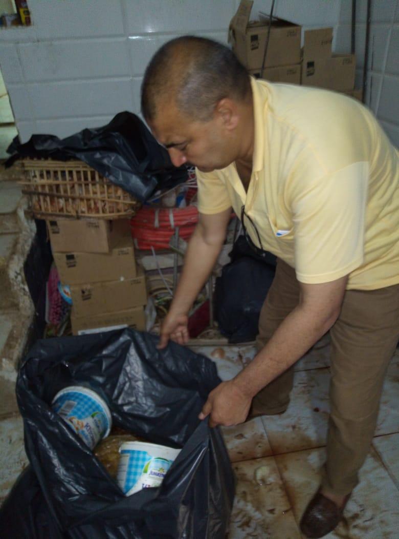 إعدام 800 كجم فسيخ ورنجة فاسدة في أول أيام عيد الفطر