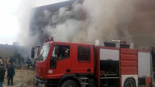 نشوب حريق بجوار مدرسة بالشرقية
